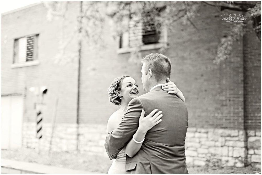 Kansas City Photographer-Elizabeth Ladean-Best-Of-Weddings_2015_3397.jpg