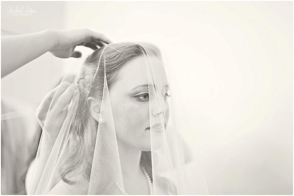 Kansas City Photographer-Elizabeth Ladean-Best-Of-Weddings_2015_3410.jpg