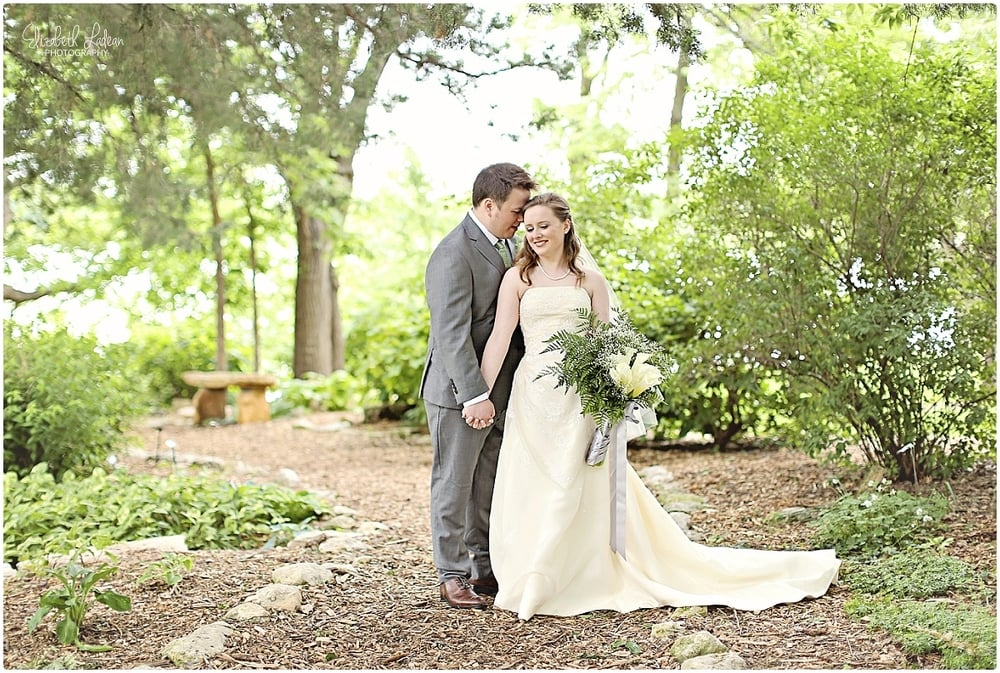 Kansas City Photographer-Elizabeth Ladean-Best-Of-Weddings_2015_3415.jpg