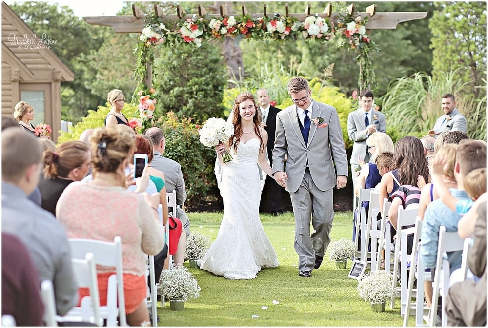 Kansas City Photographer-Elizabeth Ladean-Best-Of-Weddings_2015_3437.jpg