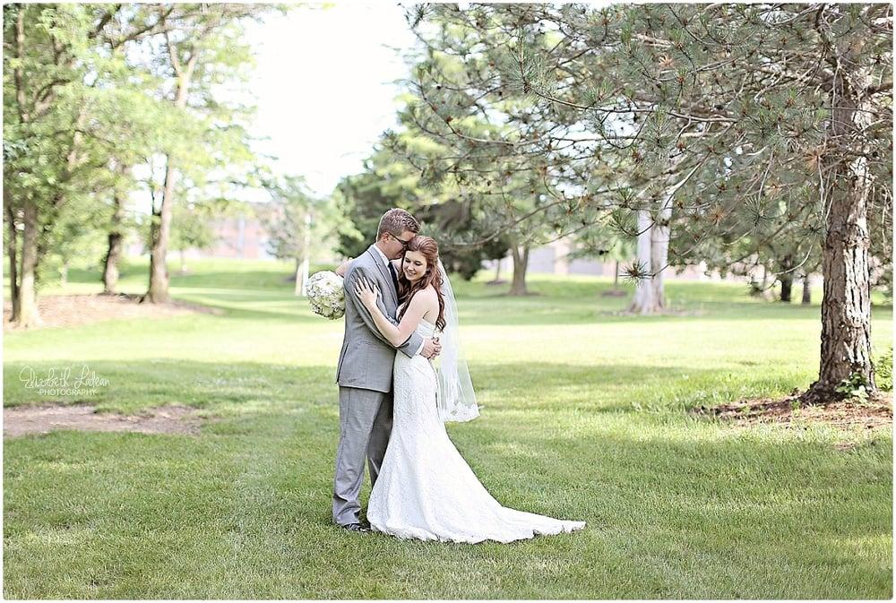 Kansas City Photographer-Elizabeth Ladean-Best-Of-Weddings_2015_3439.jpg