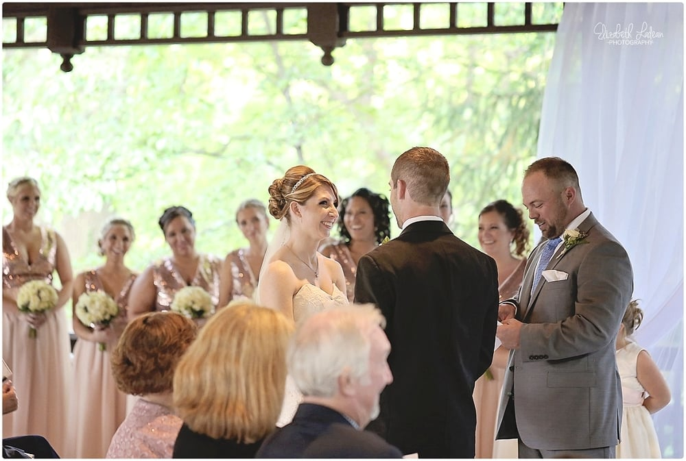 Kansas City Photographer-Elizabeth Ladean-Best-Of-Weddings_2015_3456.jpg