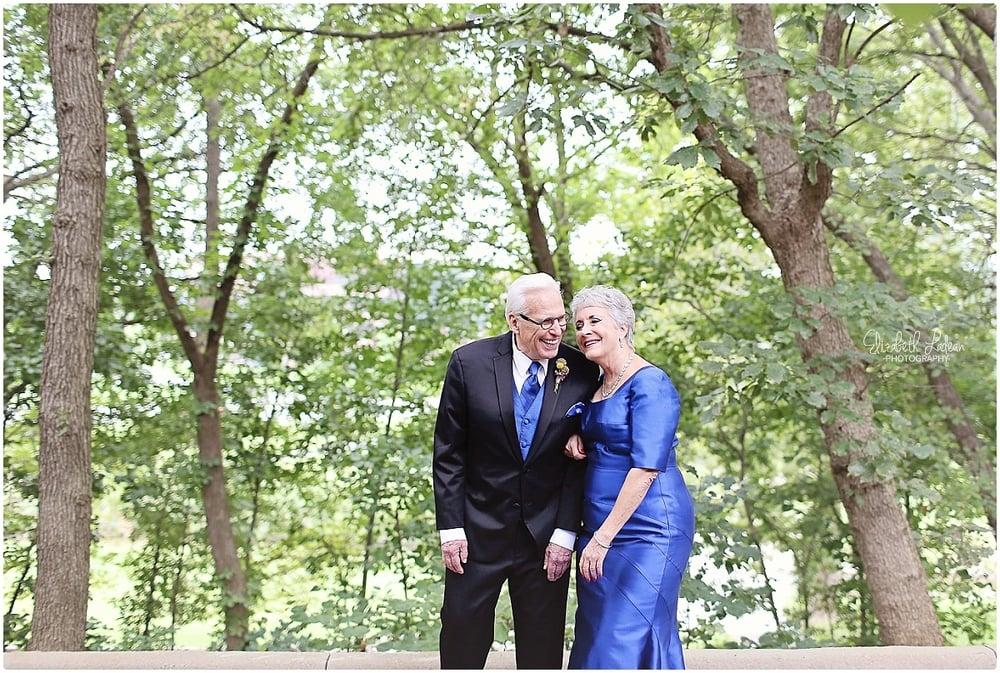 Kansas City Photographer-Elizabeth Ladean-Best-Of-Weddings_2015_3458.jpg