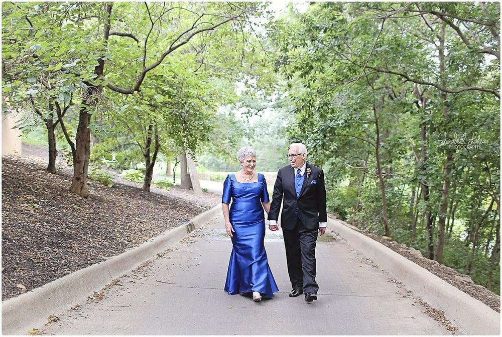 Kansas City Photographer-Elizabeth Ladean-Best-Of-Weddings_2015_3460.jpg