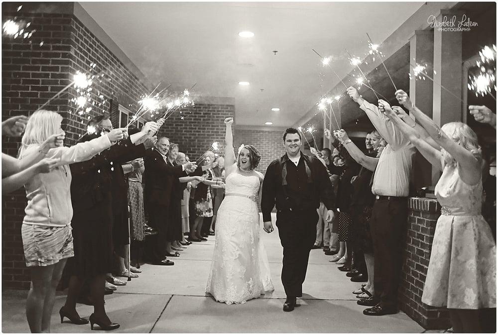 Kansas City Photographer-Elizabeth Ladean-Best-Of-Weddings_2015_3472.jpg