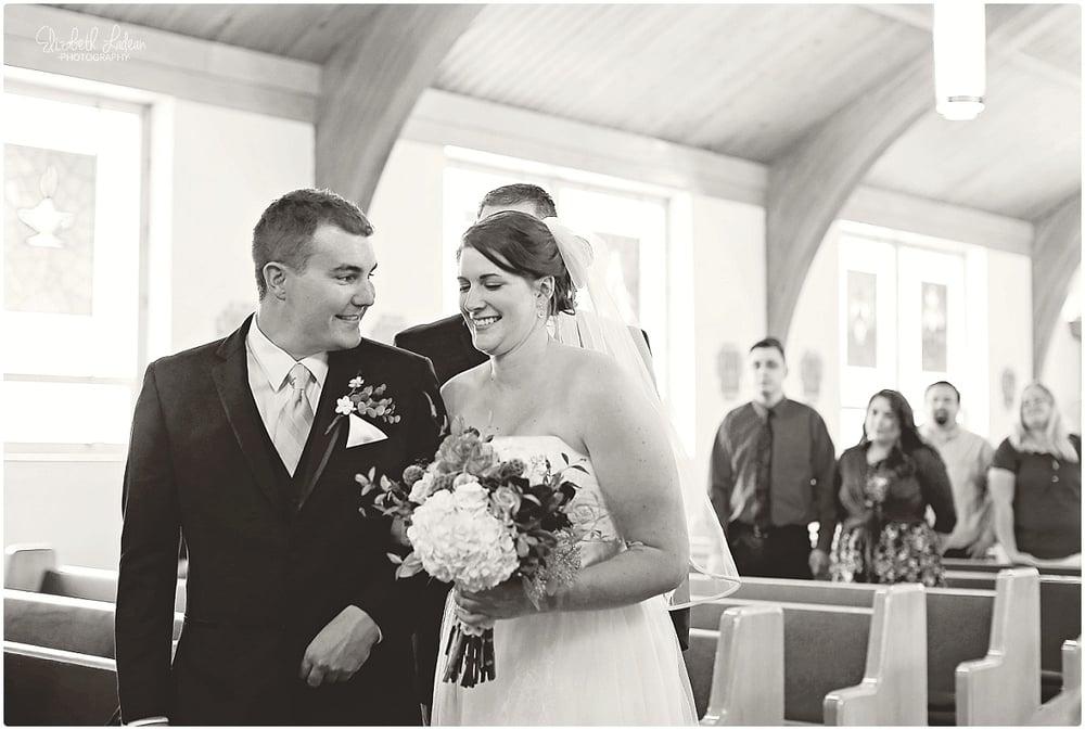 Kansas City Photographer-Elizabeth Ladean-Best-Of-Weddings_2015_3473.jpg