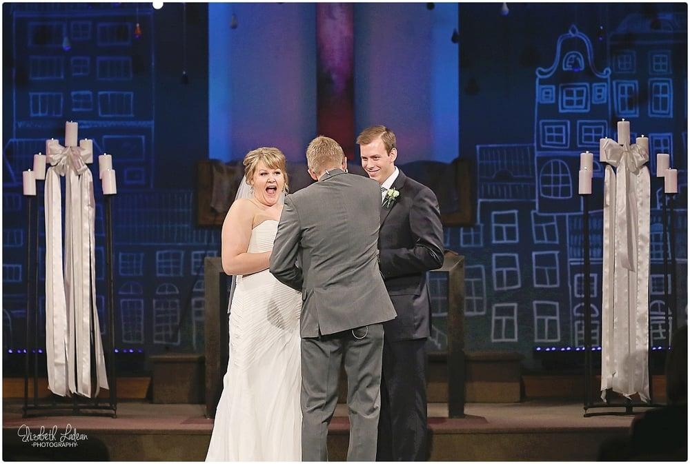 Kansas City Photographer-Elizabeth Ladean-Best-Of-Weddings_2015_3486.jpg