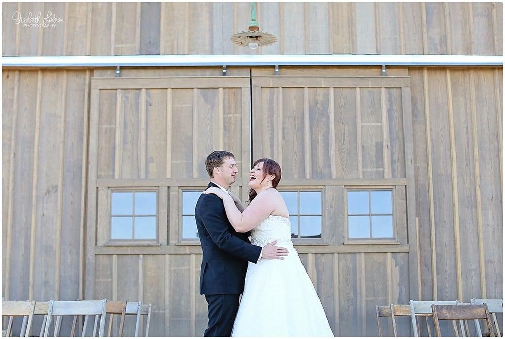 Kansas City Photographer-Elizabeth Ladean-Best-Of-Weddings_2015_3495.jpg