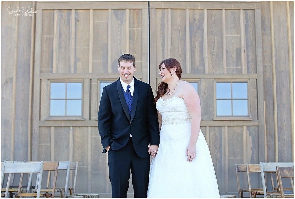 Kansas City Photographer-Elizabeth Ladean-Best-Of-Weddings_2015_3496.jpg