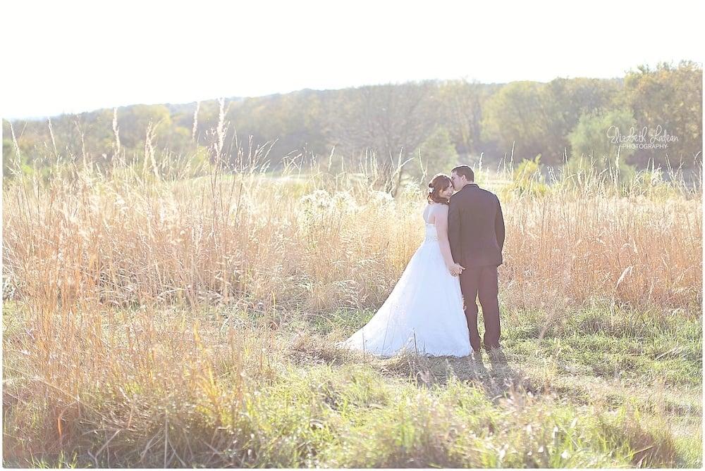 Kansas City Photographer-Elizabeth Ladean-Best-Of-Weddings_2015_3500.jpg