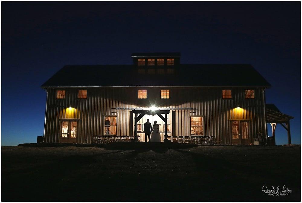Kansas City Photographer-Elizabeth Ladean-Best-Of-Weddings_2015_3504.jpg