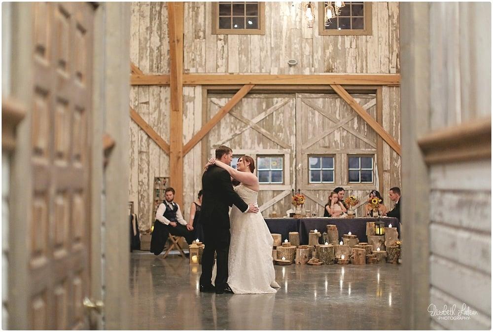 Kansas City Photographer-Elizabeth Ladean-Best-Of-Weddings_2015_3505.jpg