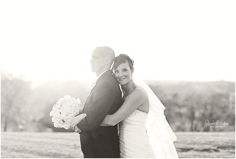 Kansas City Photographer-Elizabeth Ladean-Best-Of-Weddings_2015_3514.jpg
