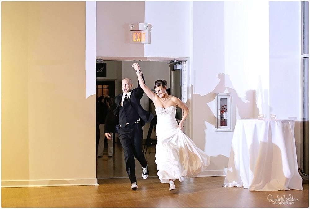 Kansas City Photographer-Elizabeth Ladean-Best-Of-Weddings_2015_3515.jpg
