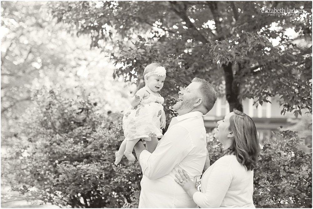 Antioch-Park-Family-Photos-Kansas-NFam-ElizabethLadeanPhotography-photo_6184.jpg