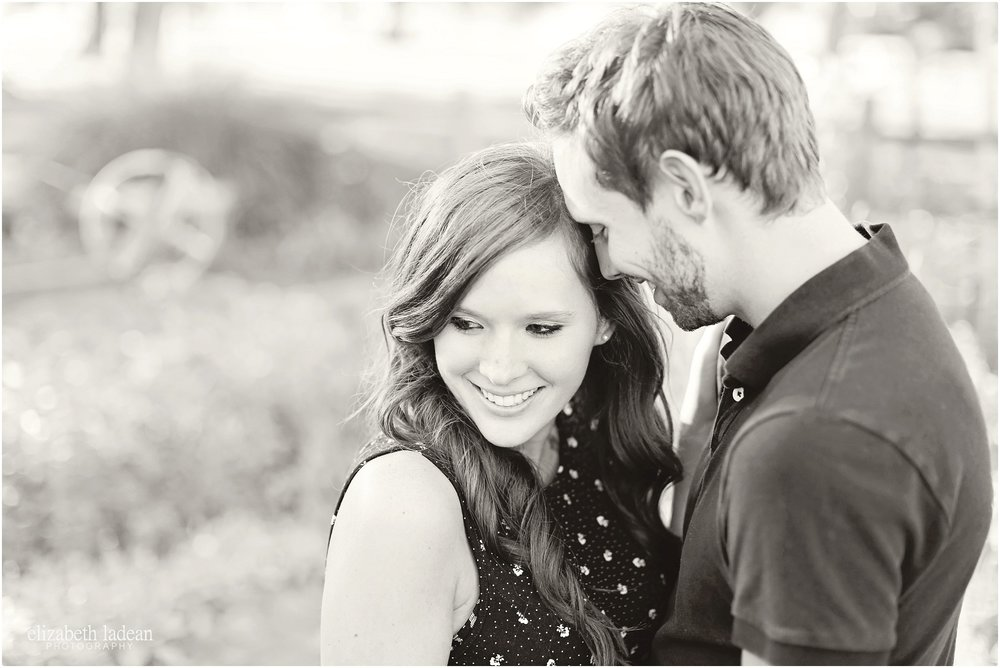 sar-ko-park-Kansas-engagement-session-J+J-e-Elizabeth-Ladean-Photography-photo_7238.jpg