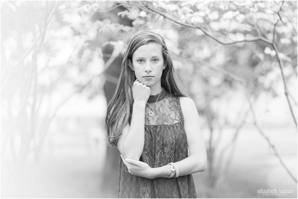 Kansas-City-Senior-Photographyer-Nelson-Atkins-Plaza-L2017-Elizabeth-Ladean-Photography-photo_8559.jpg