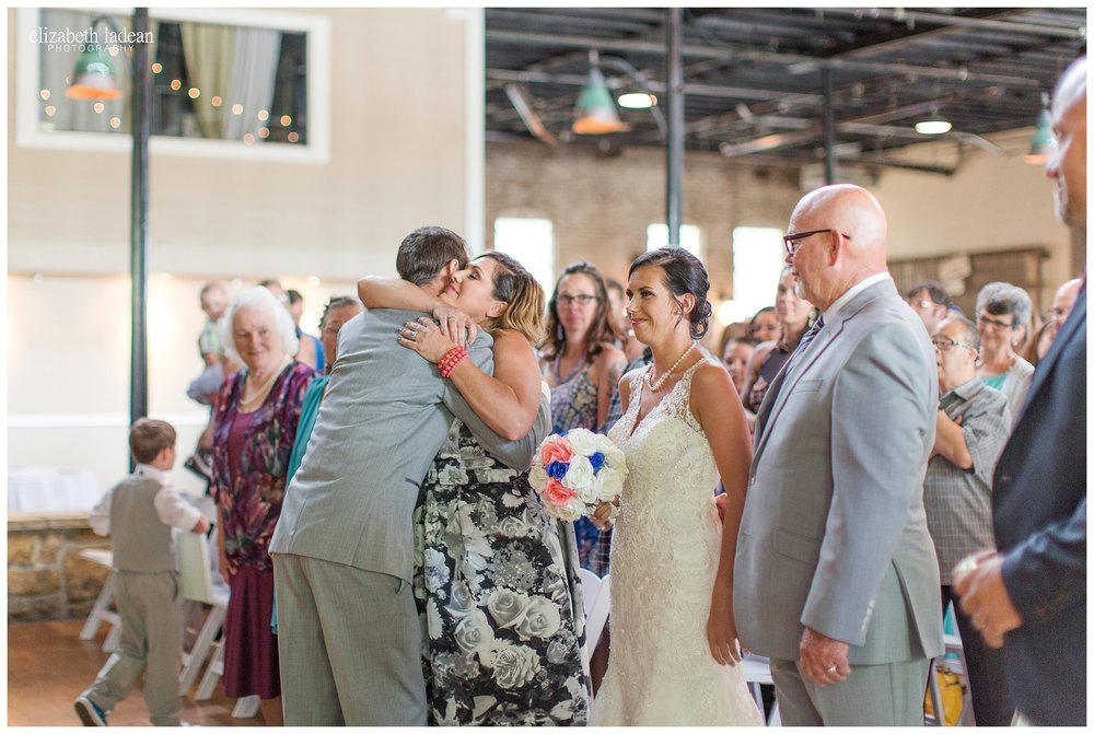 Abe-and-Jakes-Landing-Wedding-Photos-KC-Photographer-M0630-Elizabeth-Ladean-Photography-photo_1560.jpg