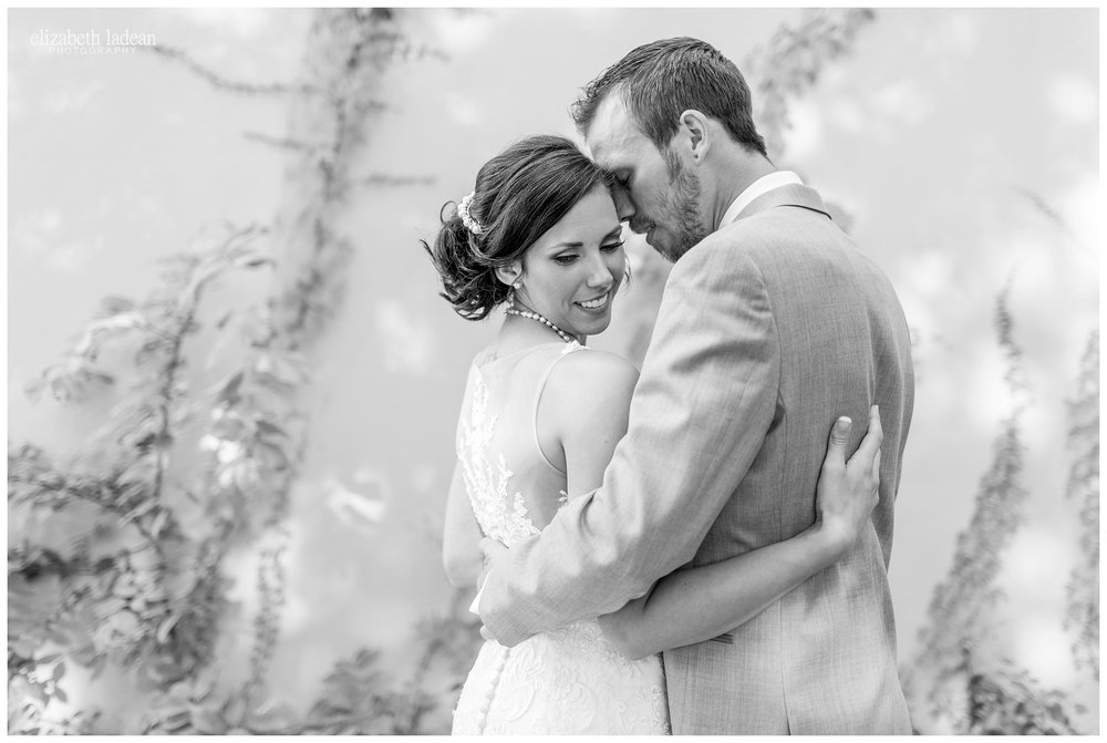 Abe-and-Jakes-Landing-Wedding-Photos-KC-Photographer-M0630-Elizabeth-Ladean-Photography-photo_1585.jpg