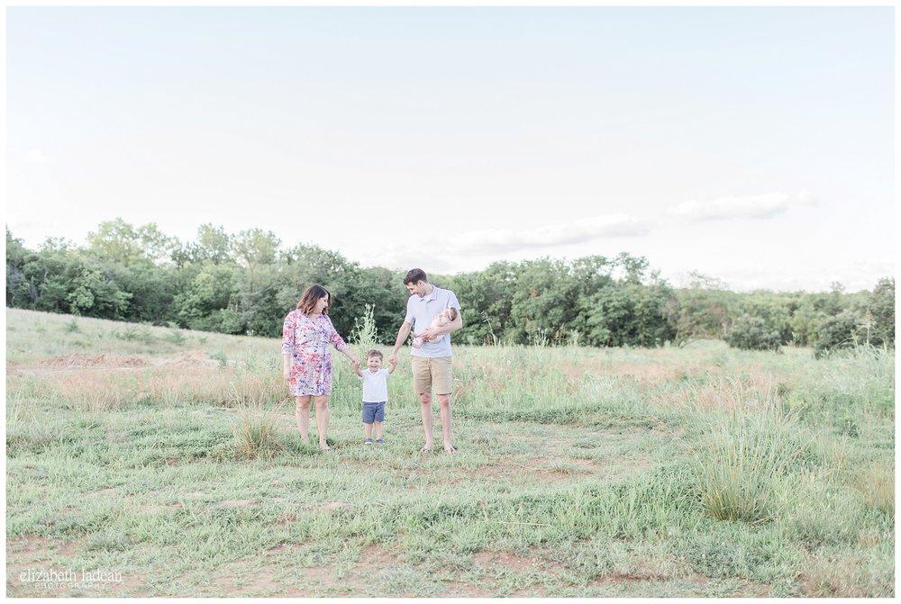 Kansas-City-Family-Photography-KC-Photographer-W2017-Elizabeth-Ladean-Photography-photo_1785.jpg