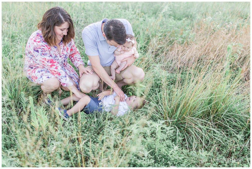 Kansas-City-Family-Photography-KC-Photographer-W2017-Elizabeth-Ladean-Photography-photo_1787.jpg