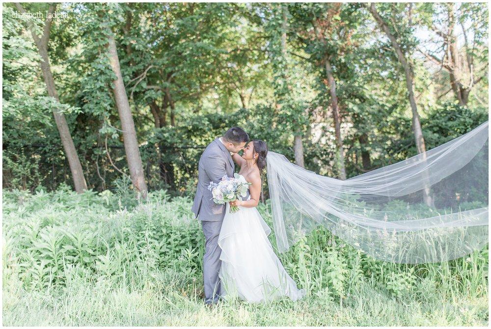Kansas-City-Wedding-Photography-Holy-Trinity-Stone-Chapel-St-Andrews-Golf-L+T0717-Elizabeth-Ladean-Photography-photo_2030.jpg