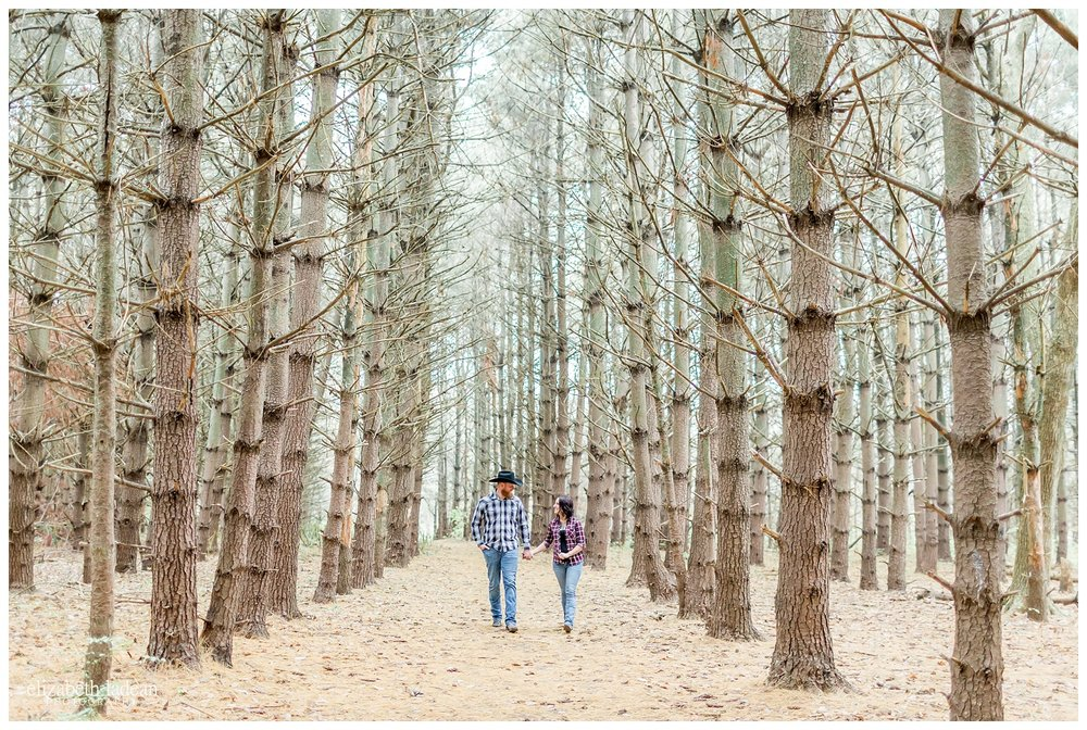 Burr-Oak-Woods-Engagement-Photos-K+T2017-Kansas-City-Elizabeth-Ladean-Photography-photo-_5036.jpg