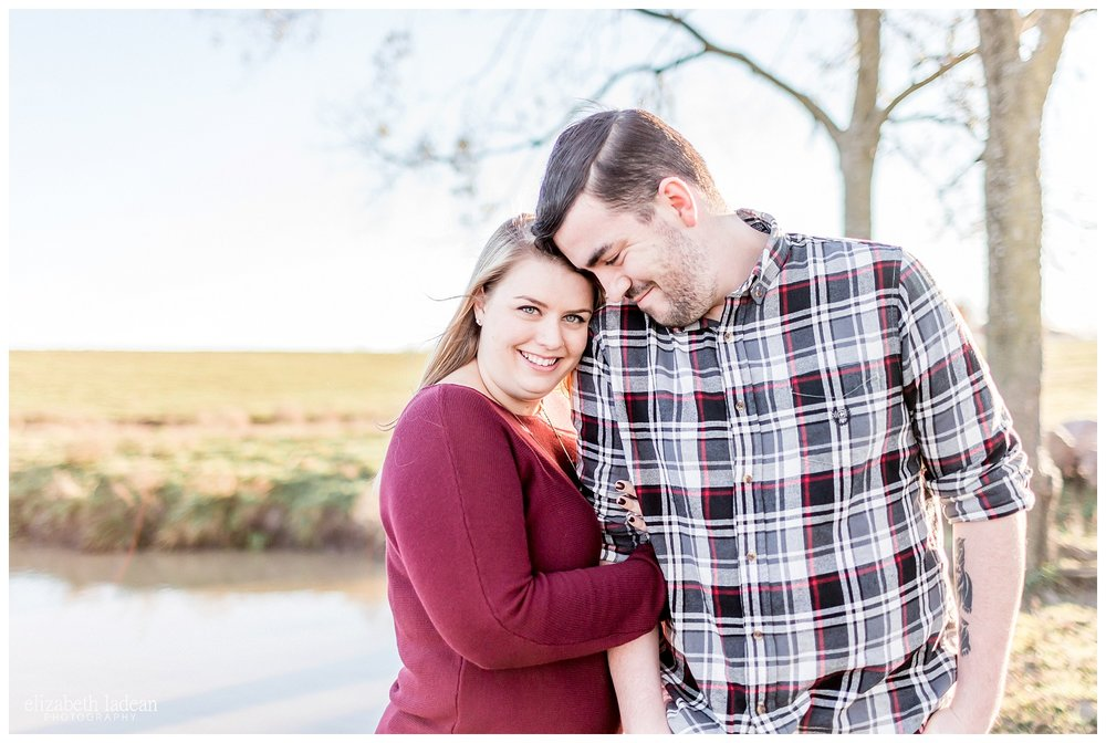 Family-Farm-Hay-Bales-Engagement-Photos-H+J2017-Kansas-City-Elizabeth-Ladean-Photography-photo-_5052.jpg