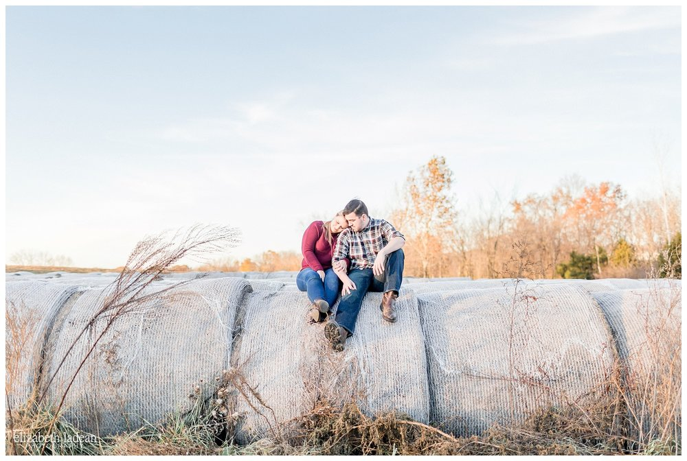 Family-Farm-Hay-Bales-Engagement-Photos-H+J2017-Kansas-City-Elizabeth-Ladean-Photography-photo-_5058.jpg