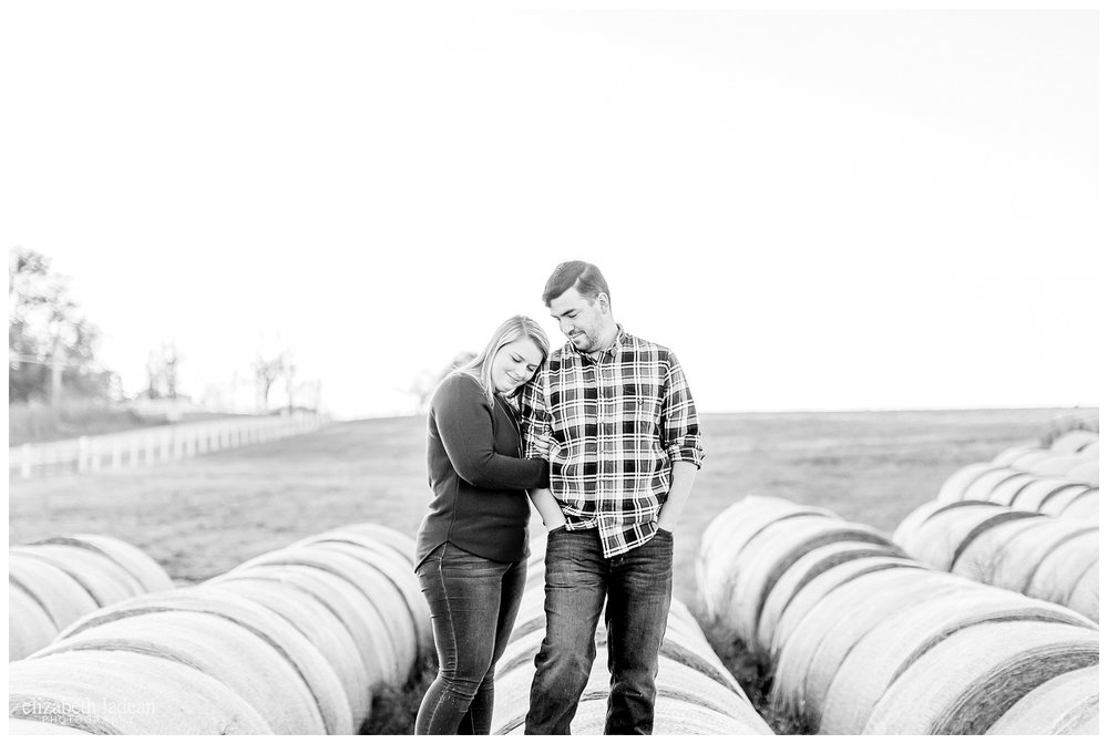 Family-Farm-Hay-Bales-Engagement-Photos-H+J2017-Kansas-City-Elizabeth-Ladean-Photography-photo-_5064.jpg