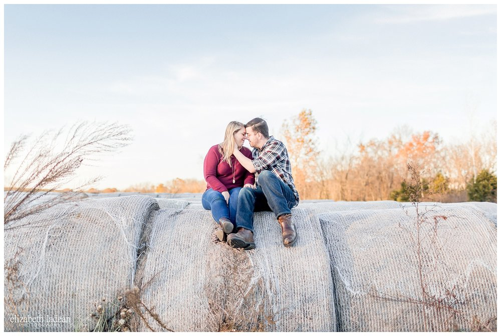 Family-Farm-Hay-Bales-Engagement-Photos-H+J2017-Kansas-City-Elizabeth-Ladean-Photography-photo-_5063.jpg