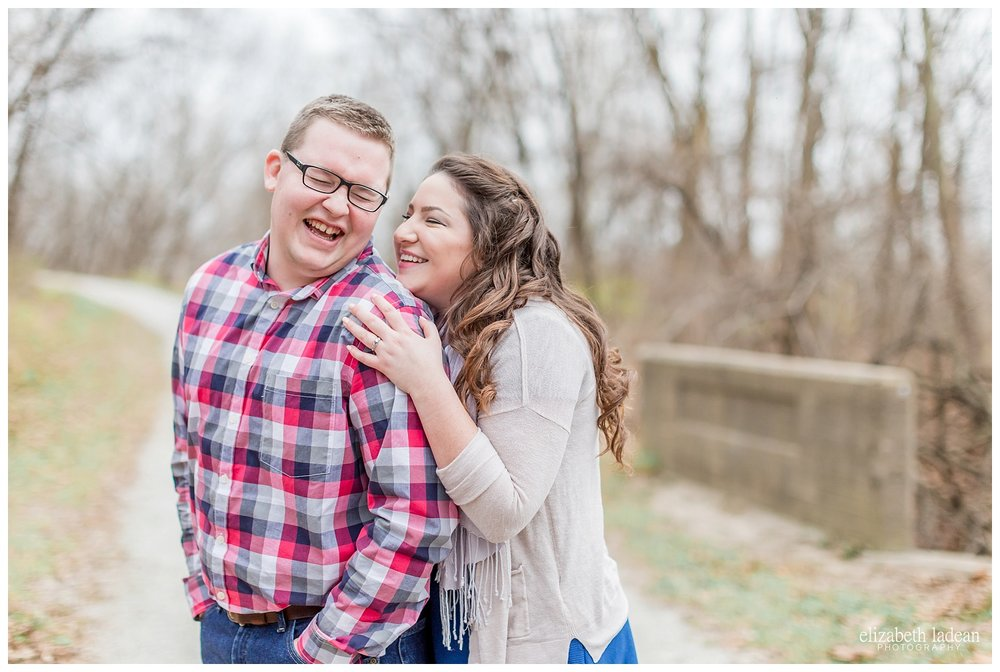 Weston-Bend-Late-Fall-Engagement-Photos-S+A2017-Kansas-City-Elizabeth-Ladean-Photography-photo-_5086.jpg