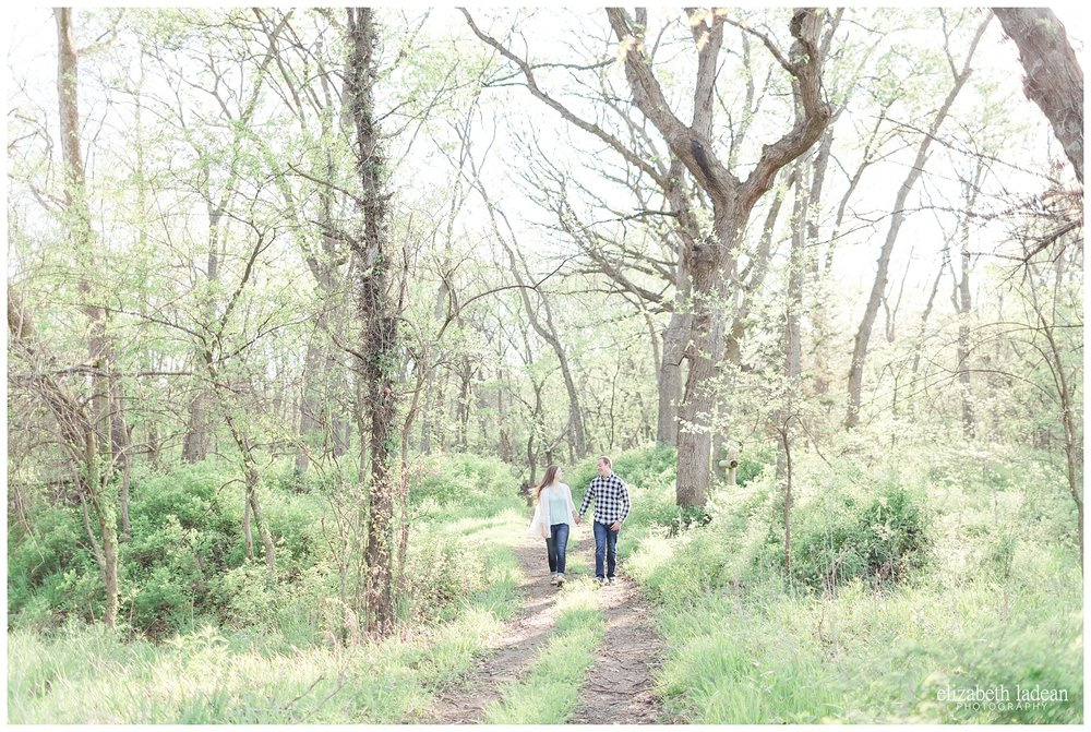Kansas City engagement photographer, Elizabeth Ladean