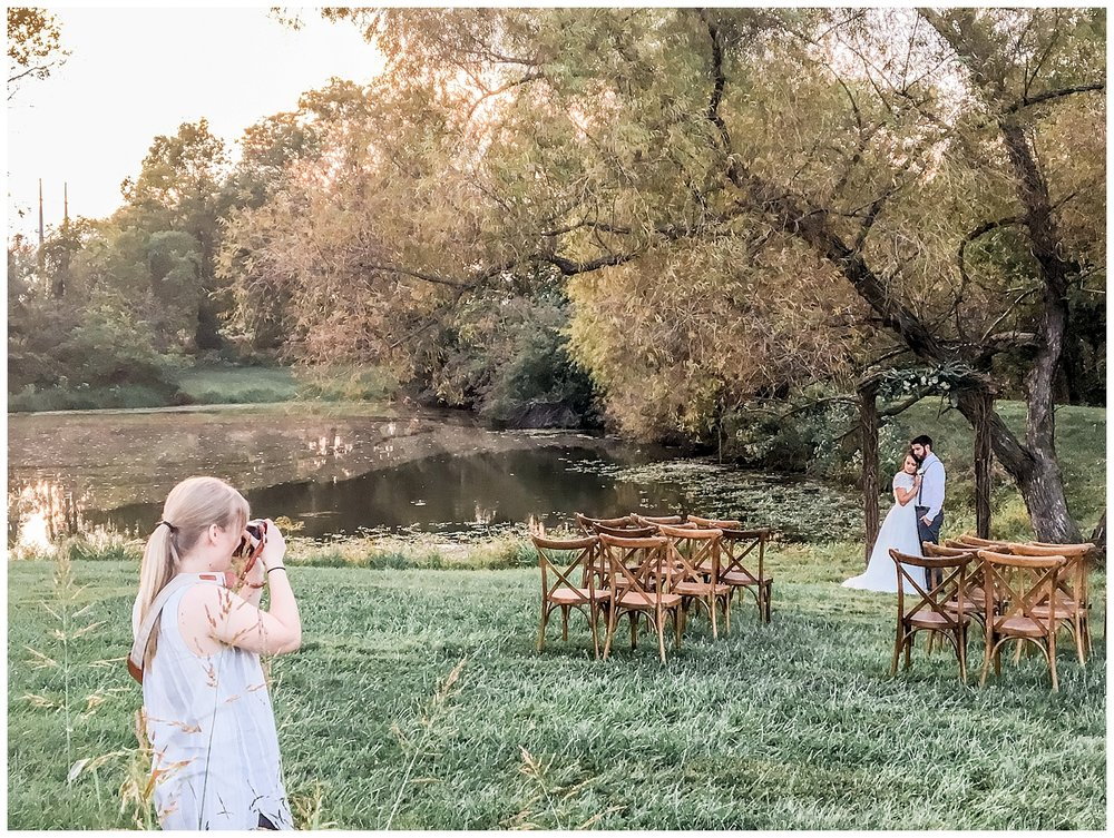 Kansas-City-KC-Wedding-Photographer-behind-the-scenes-BTS2017-Elizabeth-Ladean-Photography-photo-_5807.jpg