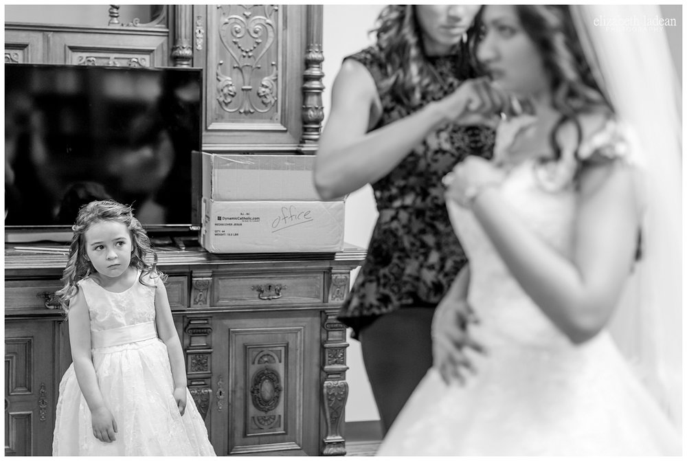 Kansas-City-KC-Wedding-Photographer-behind-the-scenes-BTS2017-Elizabeth-Ladean-Photography-photo-_5813.jpg