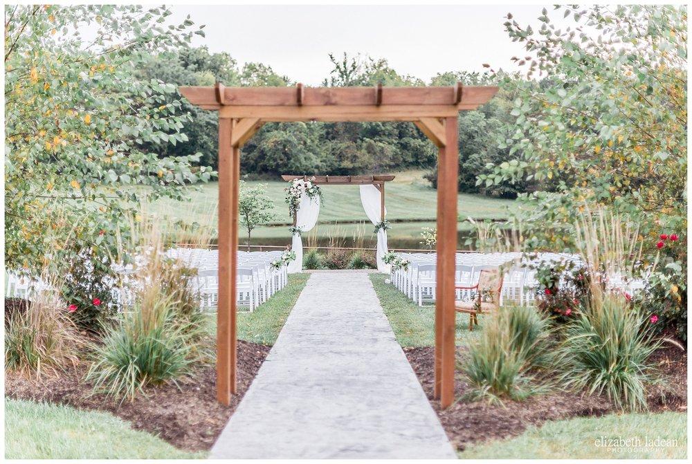 Faulkner's Ranch outdoor wedding photos