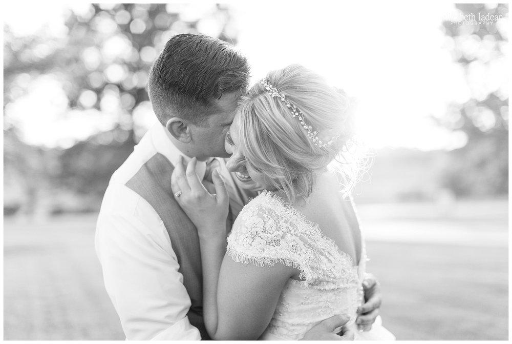 Kansas-City-KC-Wedding-Photographer-2017BestOf-Elizabeth-Ladean-Photography-photo-_5966.jpg