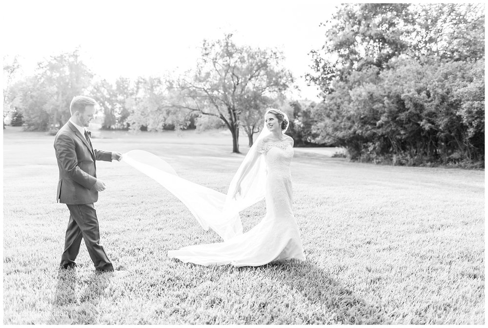 Kansas-City-KC-Wedding-Photographer-2017BestOf-Elizabeth-Ladean-Photography-photo-_6003.jpg