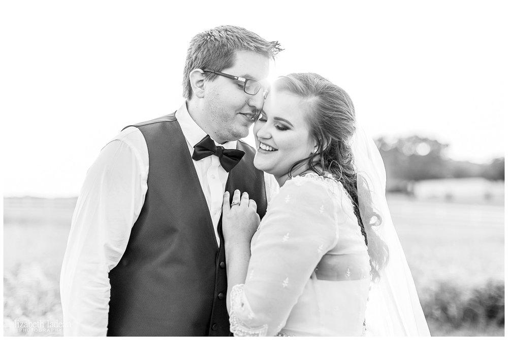 Kansas-City-KC-Wedding-Photographer-2017BestOf-Elizabeth-Ladean-Photography-photo-_6017.jpg