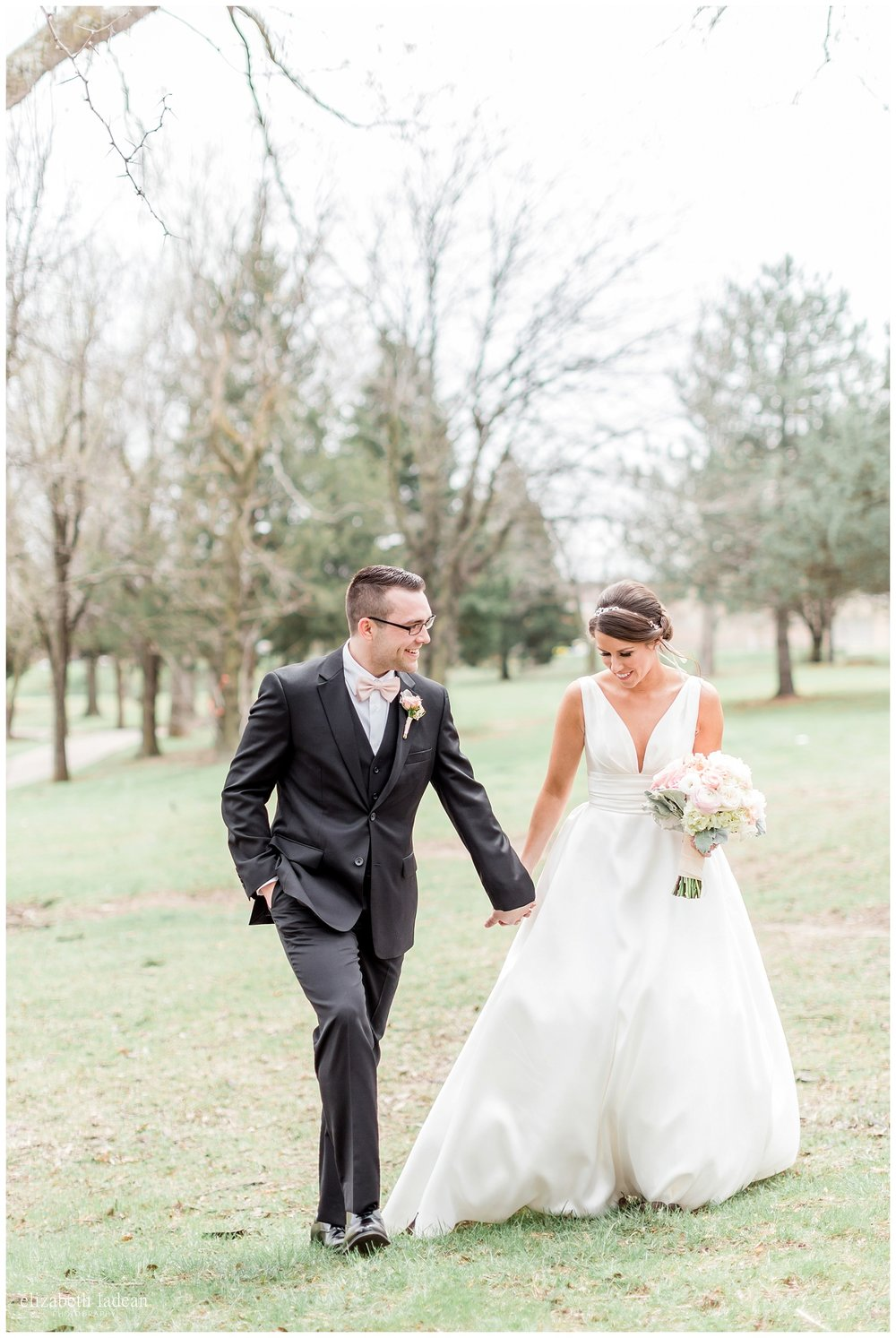 Kansas City natural light wedding photographer