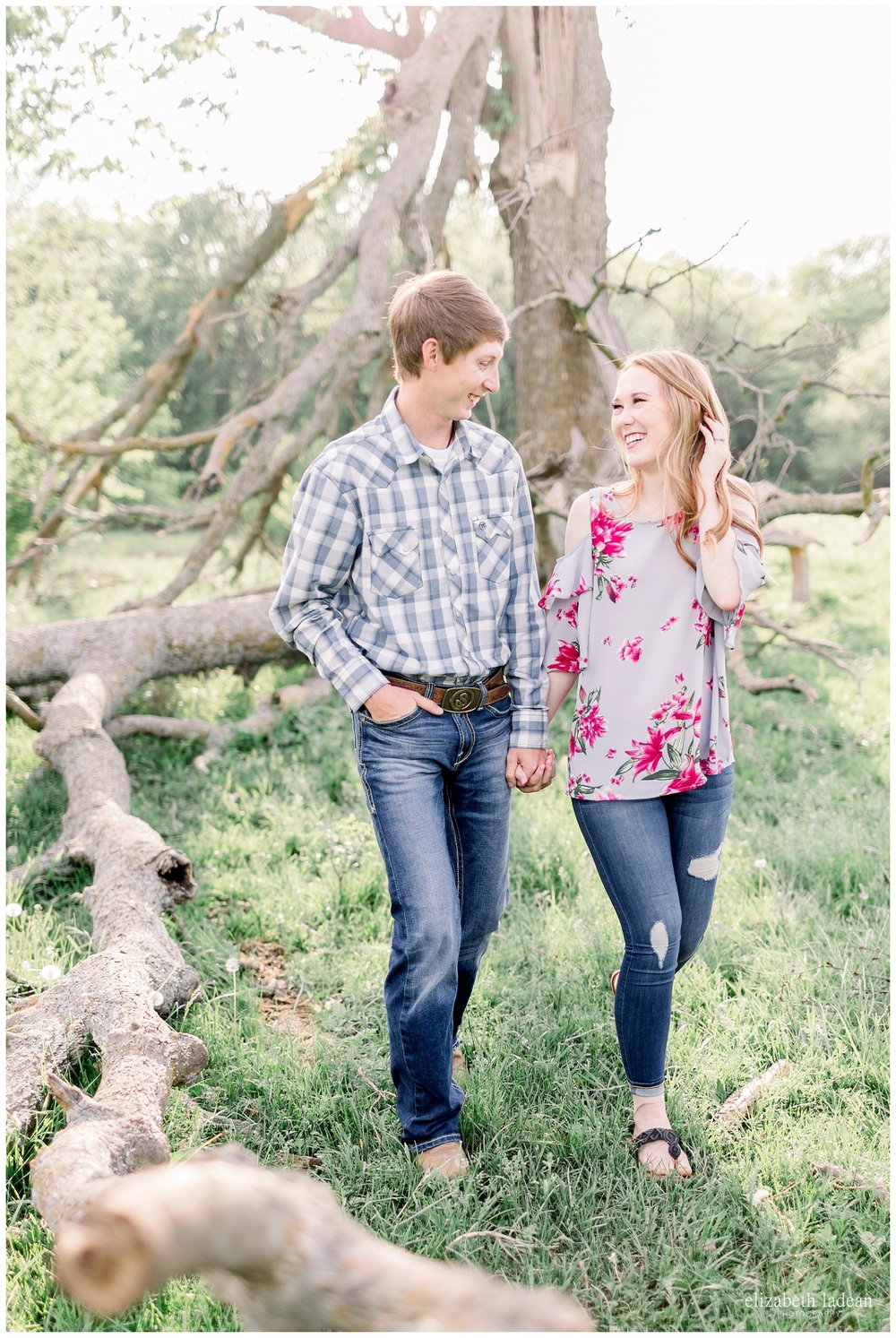 KC-Engagement-photographer-Farm-engagement-T+J-elizabeth-ladean-photography-photo-_7335.jpg