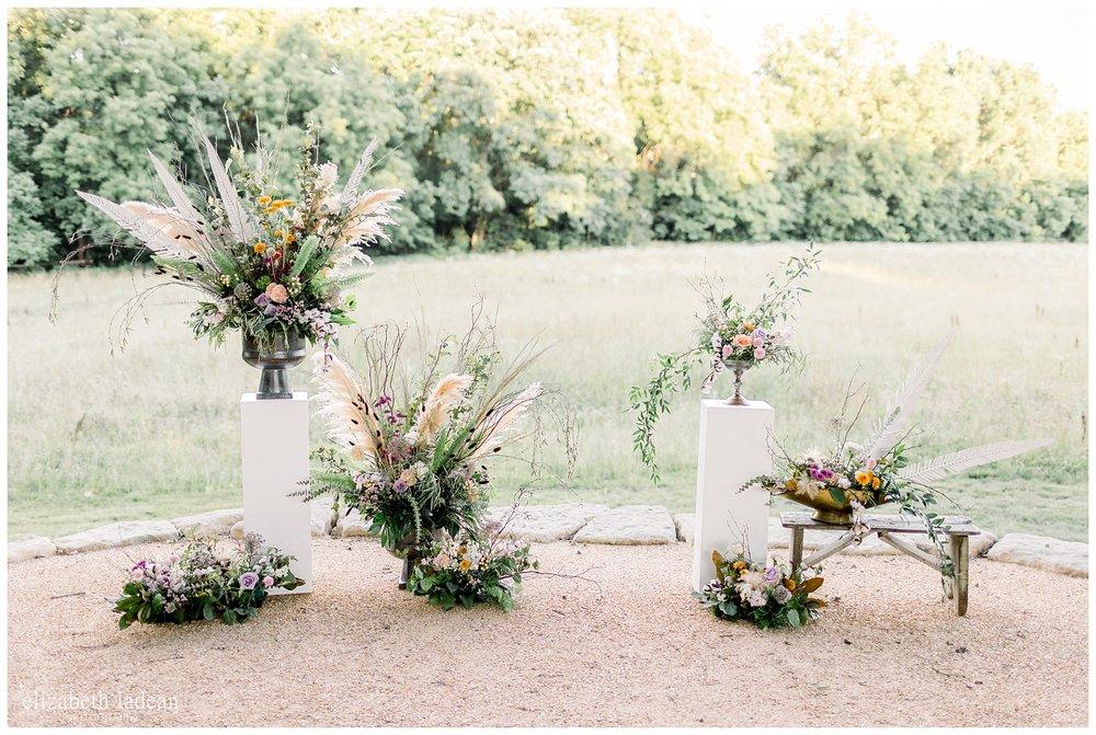 Modern-Woodland-Style-Wedding-Barn-at-Riverbend-June2018-elizabeth-ladean-photography-photo-_9199.jpg