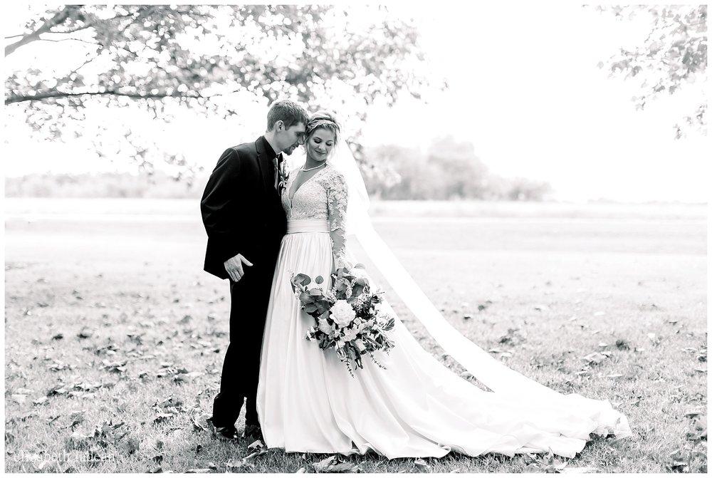 Natural-Light-Wedding-Photography-Kansas-City-S+B2018-elizabeth-ladean-photography-photo_1091.jpg
