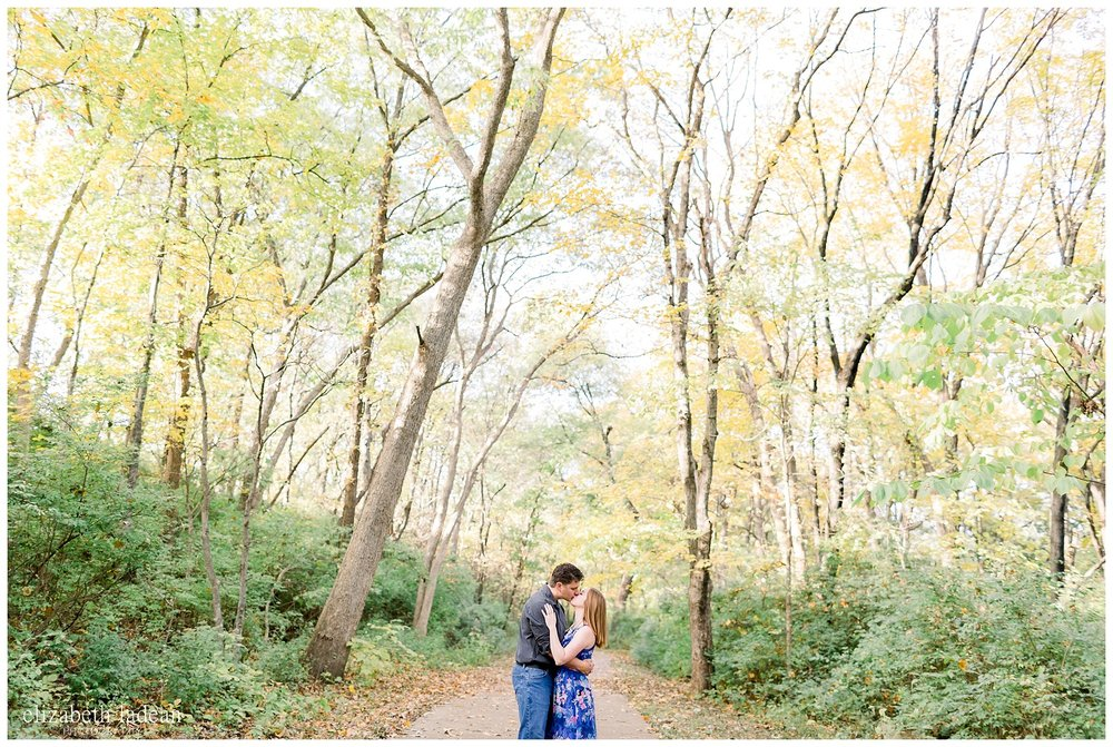 Northland-KC-Fall-Engagement-Photos-with-dog-A+B-2018-elizabeth-ladean-photography-photo_1479.jpg
