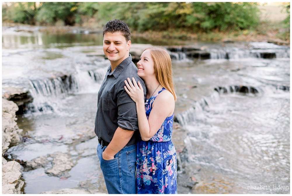 Northland-KC-Fall-Engagement-Photos-with-dog-A+B-2018-elizabeth-ladean-photography-photo_1488.jpg