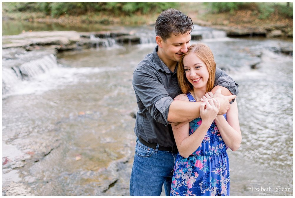 Northland-KC-Fall-Engagement-Photos-with-dog-A+B-2018-elizabeth-ladean-photography-photo_1494.jpg
