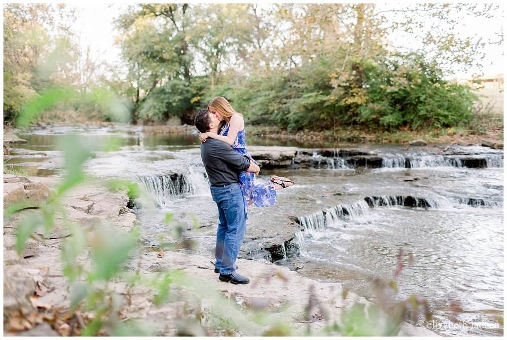 Northland-KC-Fall-Engagement-Photos-with-dog-A+B-2018-elizabeth-ladean-photography-photo_1495.jpg