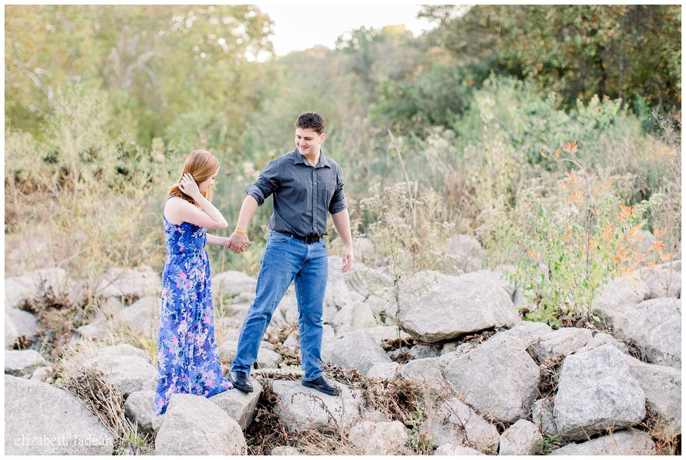 Northland-KC-Fall-Engagement-Photos-with-dog-A+B-2018-elizabeth-ladean-photography-photo_1497.jpg