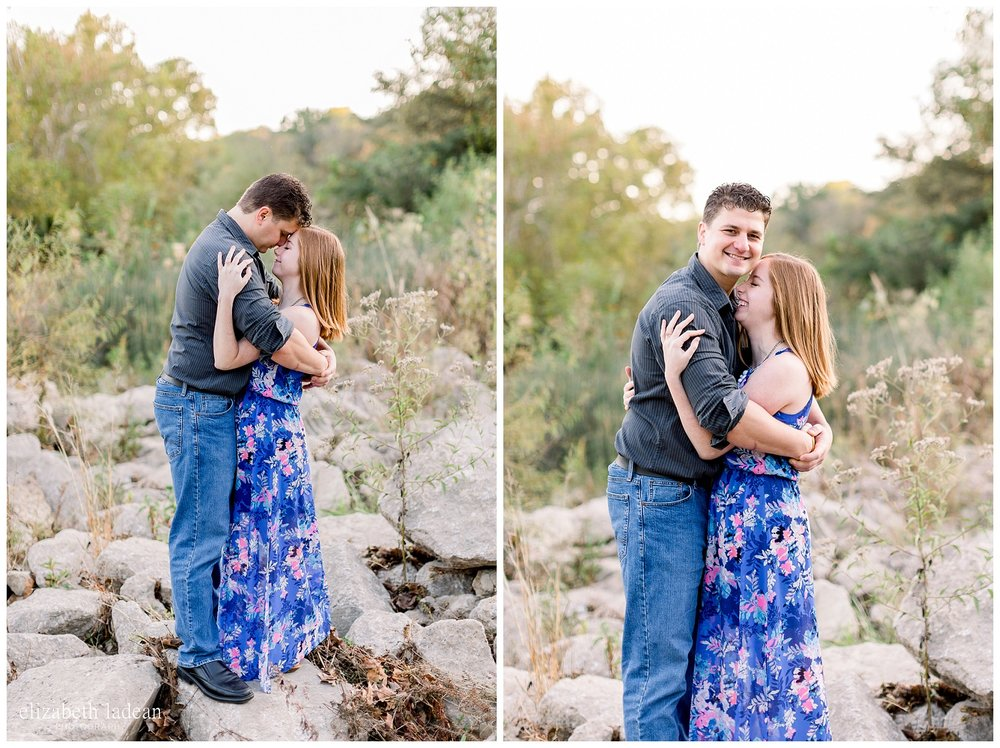Northland-KC-Fall-Engagement-Photos-with-dog-A+B-2018-elizabeth-ladean-photography-photo_1499.jpg
