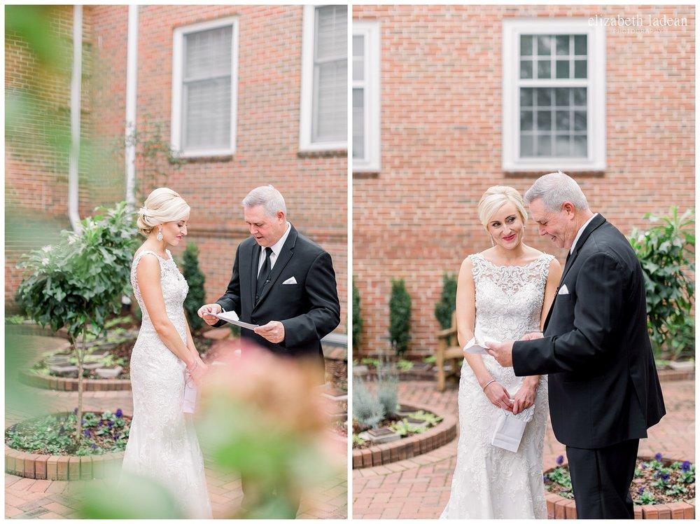 intimate kansas city wedding photographer